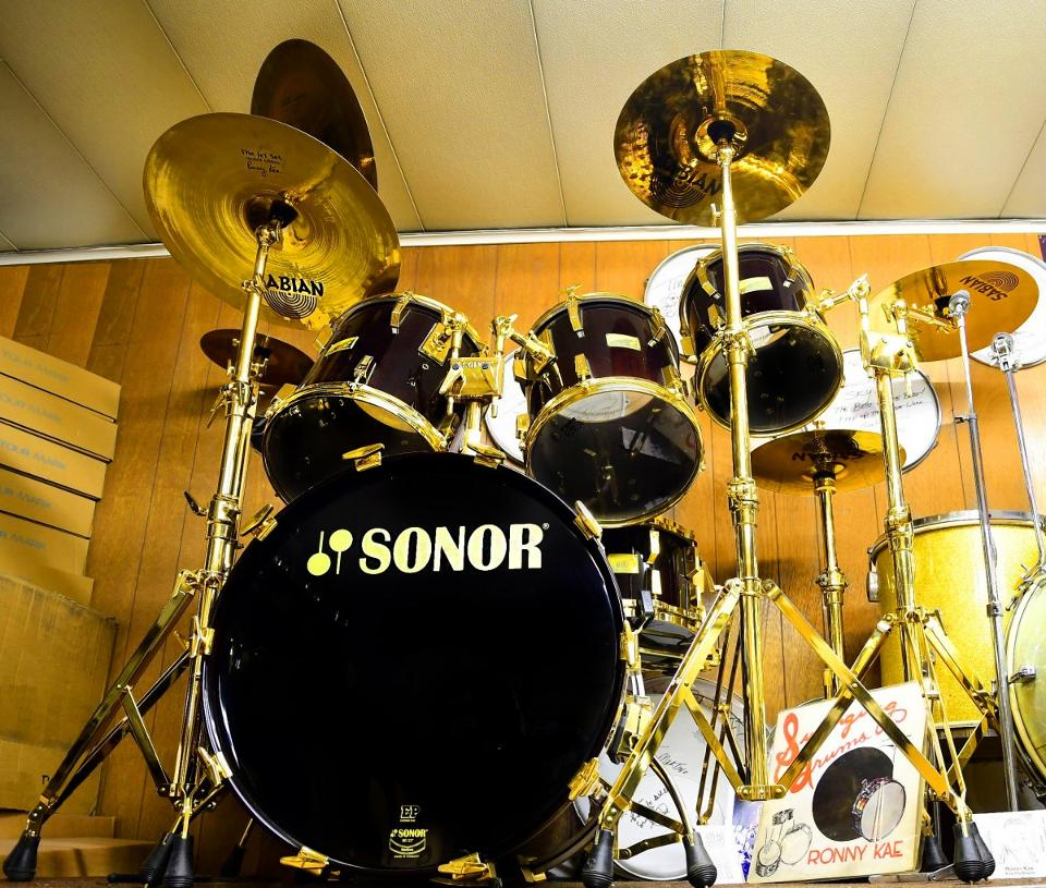 sonor-gold-drumset1200x1019