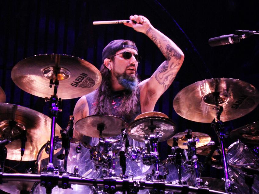 Nowy zespół Mike'a Portnoya.